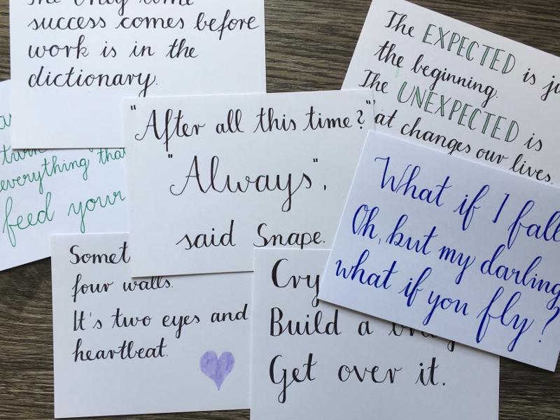 Meine ersten Handlettering Versuche: Zitate auf Karteikarten